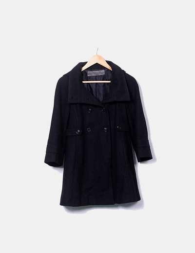 Abrigo negro doble botonadura Zara