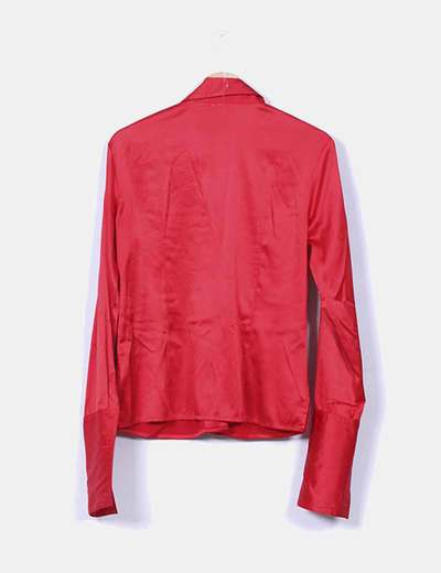 Camisa roja satinada