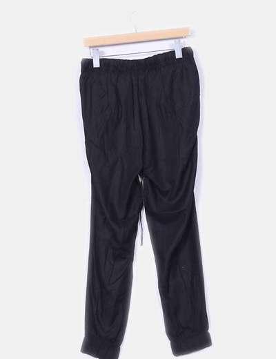 Pantalon fluido negro