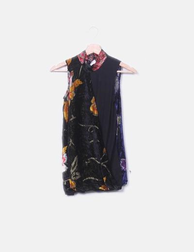 Camiseta velvet floral