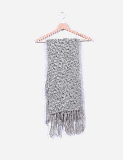 Bufanda de lana gris con flecos Naf Naf