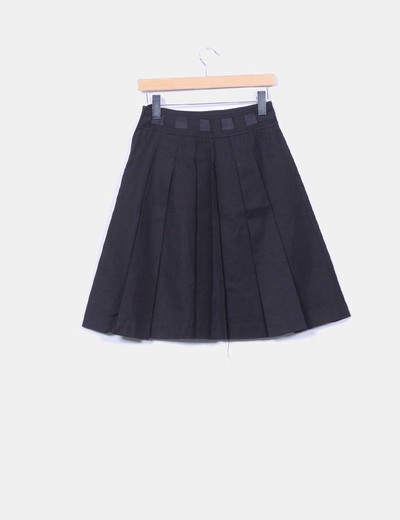 c860fb75 Falda midi negra con tablillas