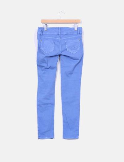 Jeans azules cremalleras en tobillos