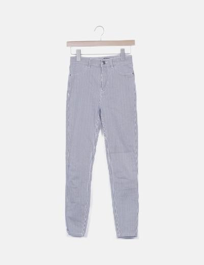 Pantalón pitillo de rayas