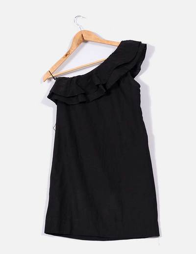 Vestido negro de volantes
