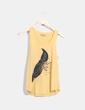 Camiseta amarilla print pluma Native