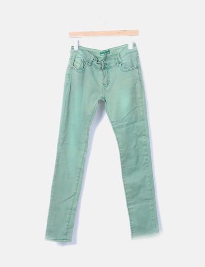 Pantalón verde denim