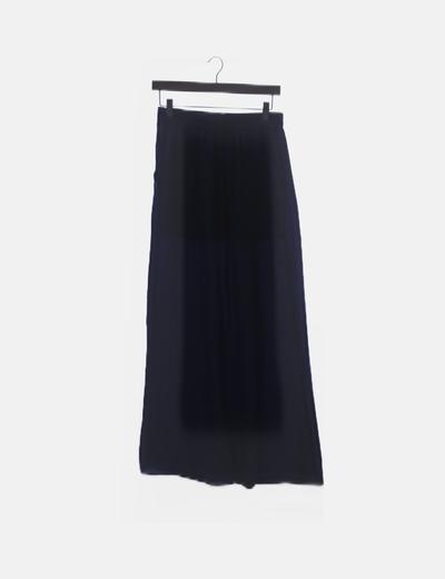 Falda azul fluida
