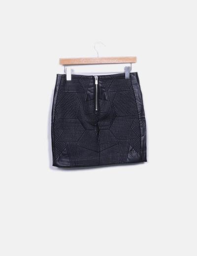 Minifalda negra polipiel texturizada