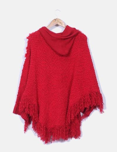 Poncho de rizo rojo con capucha