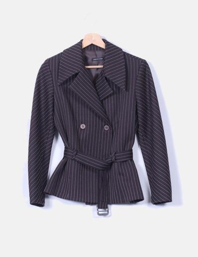 Conjunto de falda y blazer negra con raya diplomática Raf-So