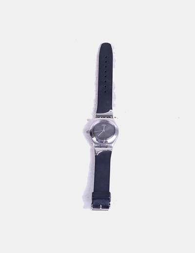 Reloj negro Swatch