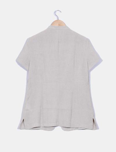 Camisa beige cuello mao