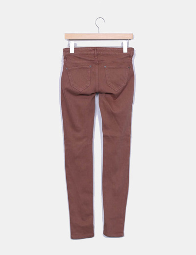 Pantalon pitillo marron