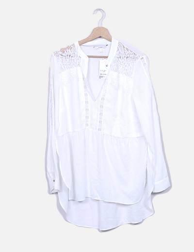 Blusa branca combinada Suiteblanco