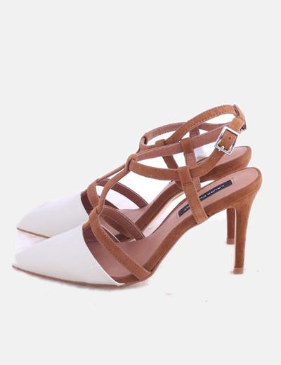 Zapatos puntera beige