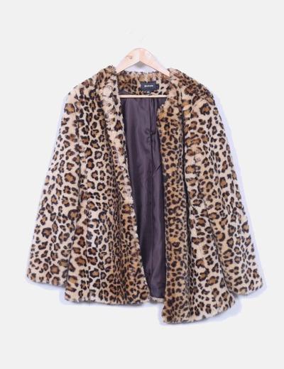 Manteau de à fourrure imprimé animal Stradivarius