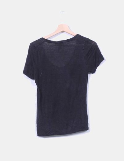 Camiseta tricot negra escote redondo