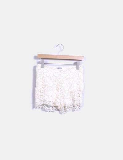 Short combinado con crochet color nude Zara