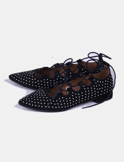 Bailarinas lace up negras con tachas Atmosphere