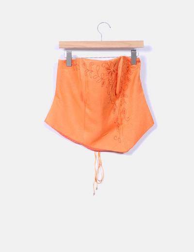 Conjunto naranja con falda y corpino