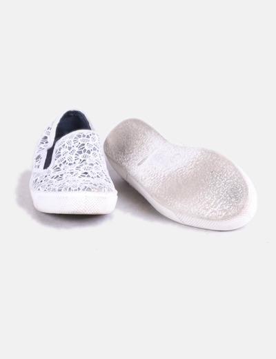 Zapatilla crochet blanca