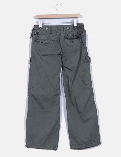 Pantalon caqui baggy detalle bolsillos