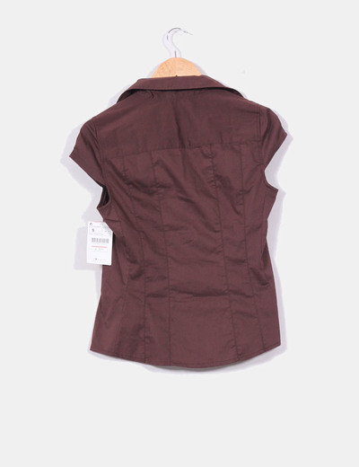 Camisa marron chocolate de manga corta