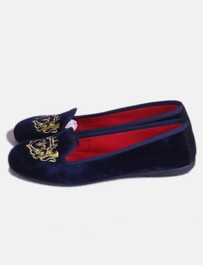 Bailarinas de terciopelo azul y escudo dorado Vulladi