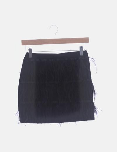 Falda mini negra combinado plumas