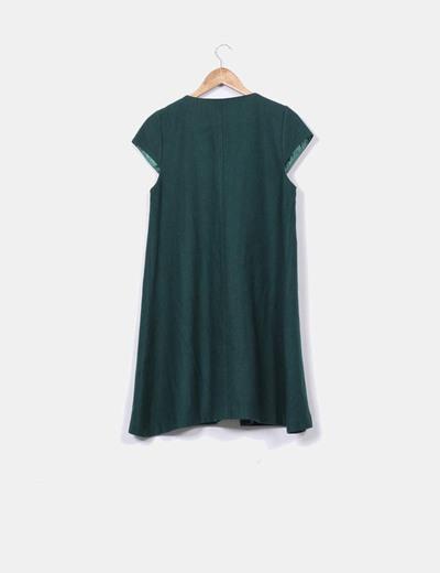 Vestido de pano verde botella texturizado