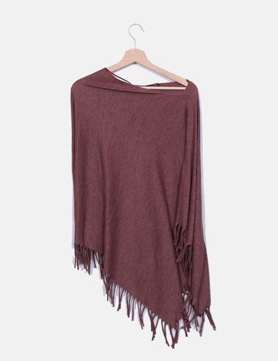 Poncho tricot marron con flecos