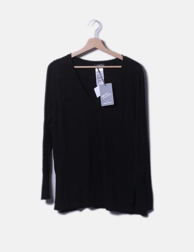 Jersey tricot negro con cuello pico