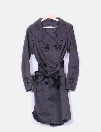 Trench satinado negro  Zara