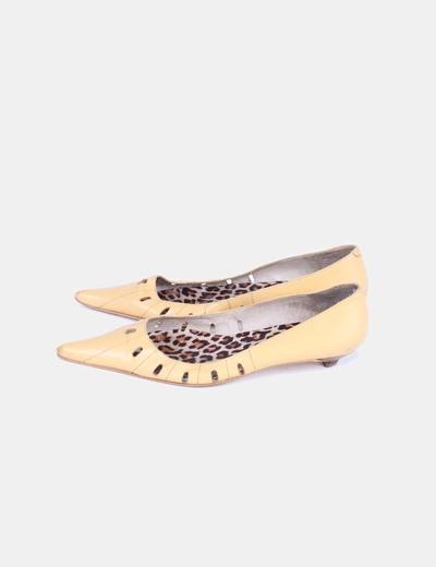 Zapatos amarillos troquelados Suiteblanco