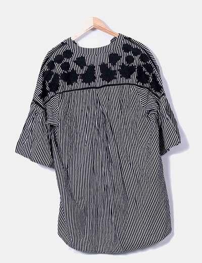 Vestido negro rayas con bordados
