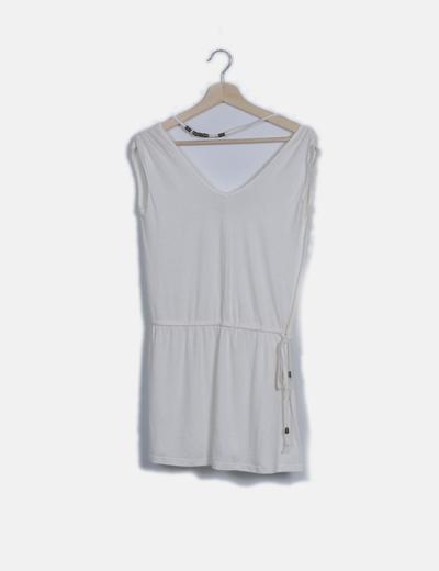 Vestido mini blanco fluido