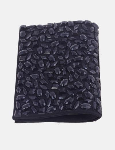 Clutch negro con abalorios