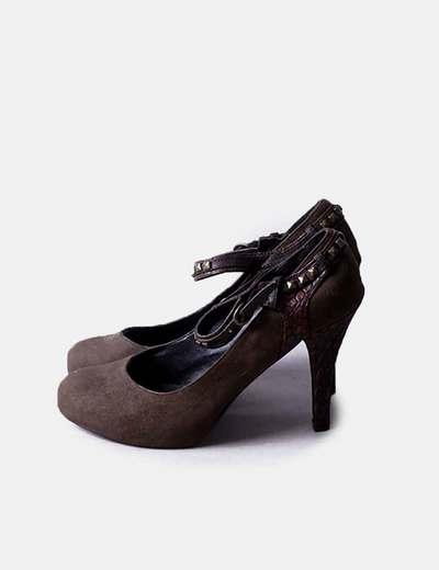 Zapato marrón con tachas Inside