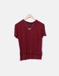 Camiseta roja con colgante Zara