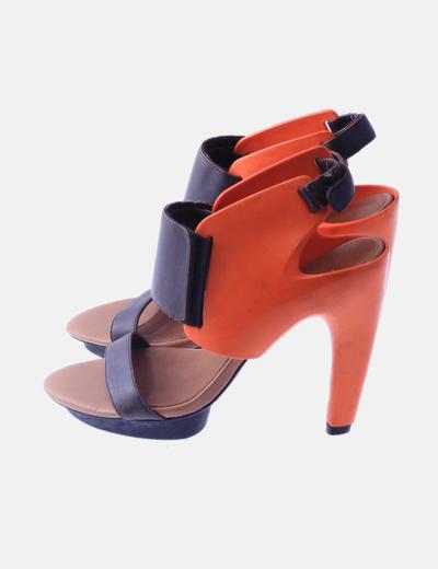 Zapatos combinados goma naranja