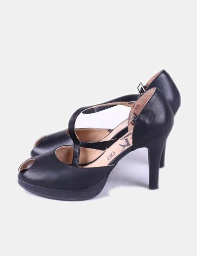 Sandalias negras con tacón TCK