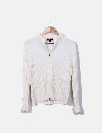 a2caf5df30a7 ... Size Weiße Pullover mit Reißverschluss Tone Weiße Pullover mit Reißverschluss  Massimo Dutti ...