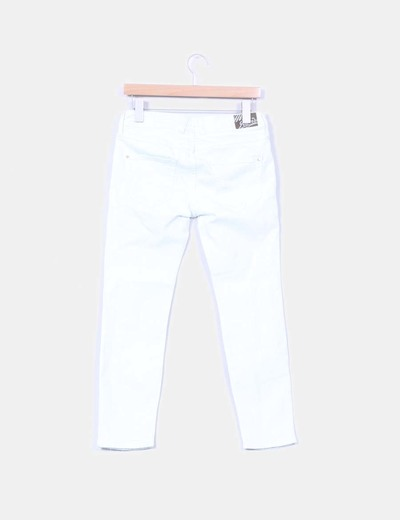 Pantalon denim blanco con roturas