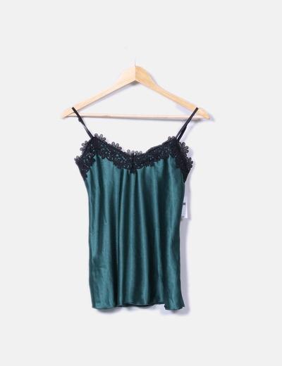 Blusa verde satén detalle crochet NoName