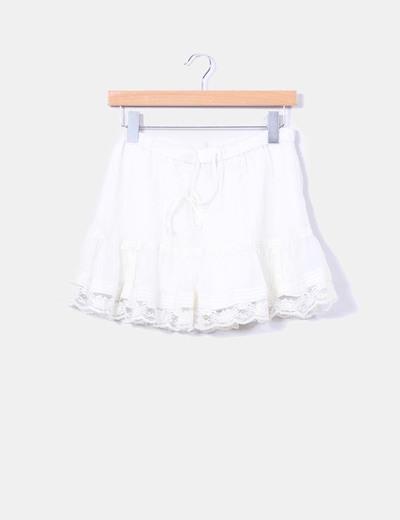 Mini falda beige drapeada volante encaje H&M