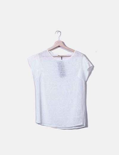 Weißes T-Shirt kombiniert Massimo Dutti