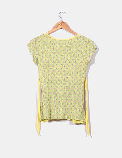 Camiseta amarilla print floral