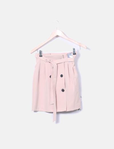 Falda rosa empolvada con botones