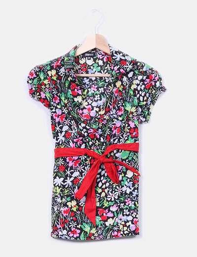 Camisa floral lazo rojo Suiteblanco